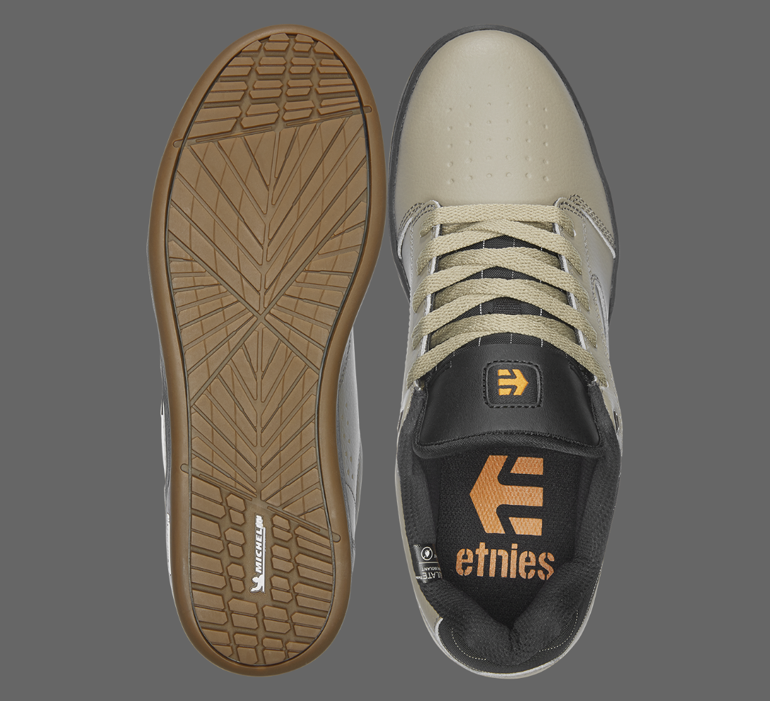 etnies camber sneakers top outsole