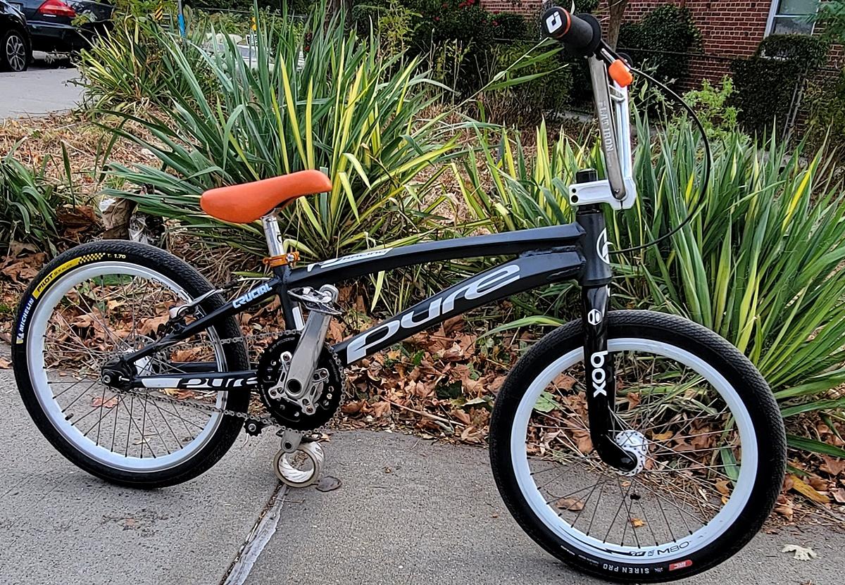 pure v6 pro xl bmx race bike